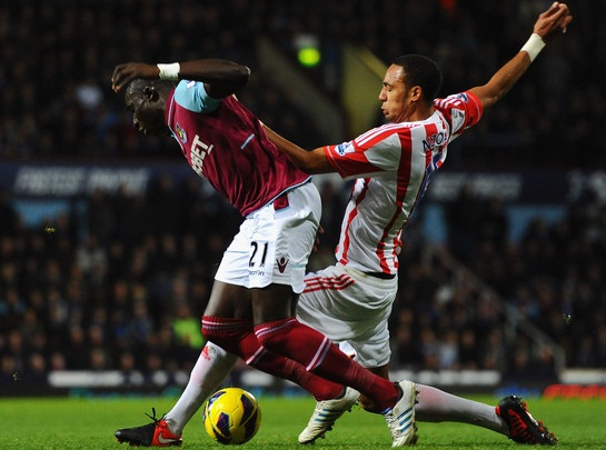 Nhận định Stoke City vs West Ham, 21h00 - 15/05